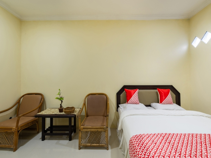 OYO 1966 Bromo Hill Probolinggo - Bedroom