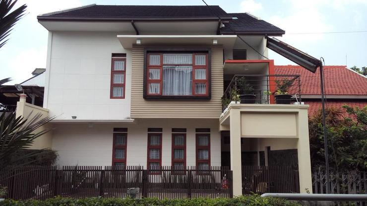Rumah Tawa Guesthouse - 2 Bandung - Exterior