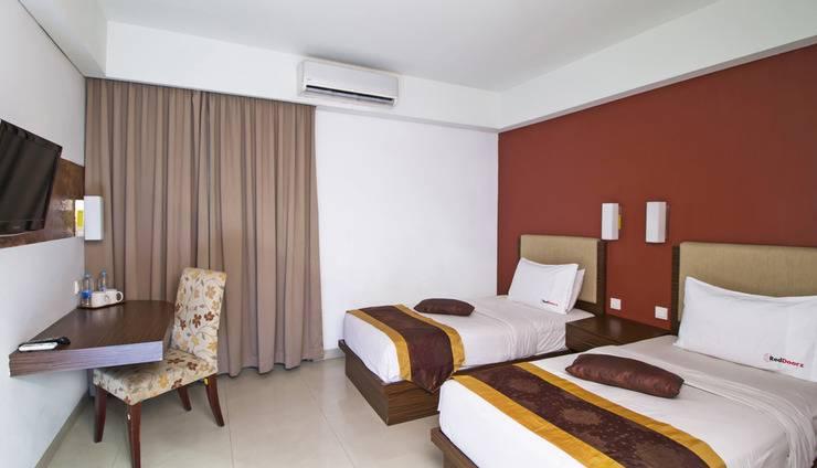 Cheers Residential Jakarta - Guestroom