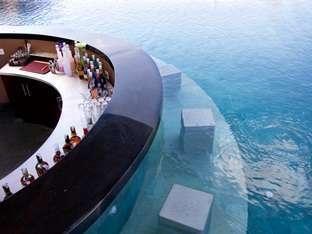 Den Bukit Suites Jimbaran - Pool bar