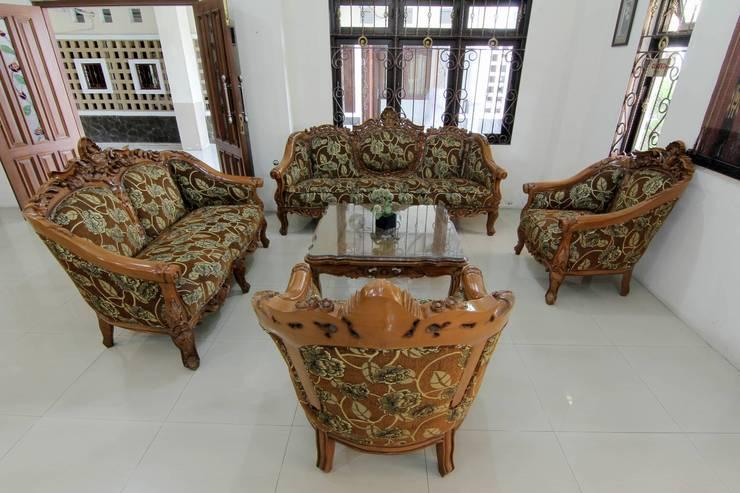 Griya La Kusuma Yogyakarta - Lobby
