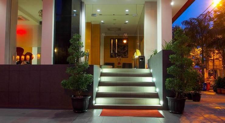 M Hotel  Jakarta - Exteriot