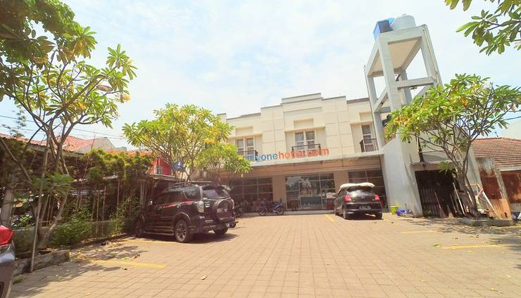 City One Hotel Semarang - AREA PARKIR