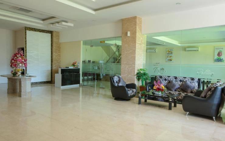 Hotel Raising Makassar Makassar - Lobby