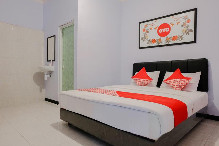 OYO 894 Nusa Indah Homestay Syariah Malang - Bedroom