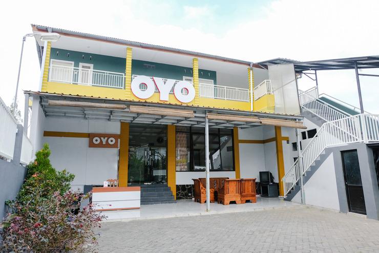 OYO 894 Nusa Indah Homestay Syariah Malang - Facade