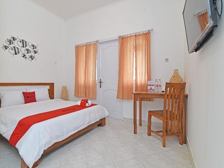 RedDoorz @ Jalan Gatot Subroto Denpasar Bali - Guestroom
