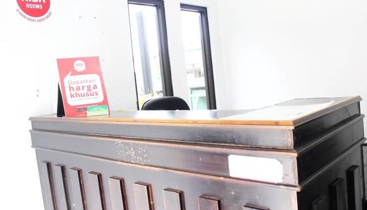 NIDA Rooms Ring Road Utara 14 Jogja - Resepsionis