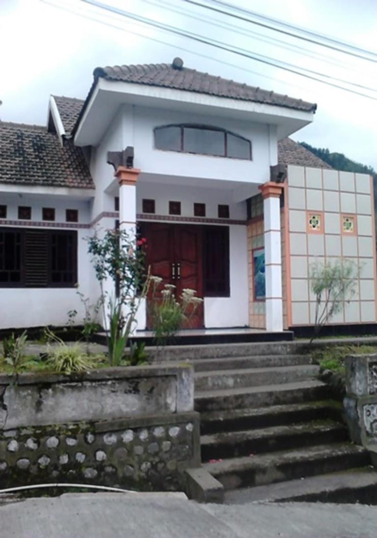 Family Homestay Probolinggo - Exterior