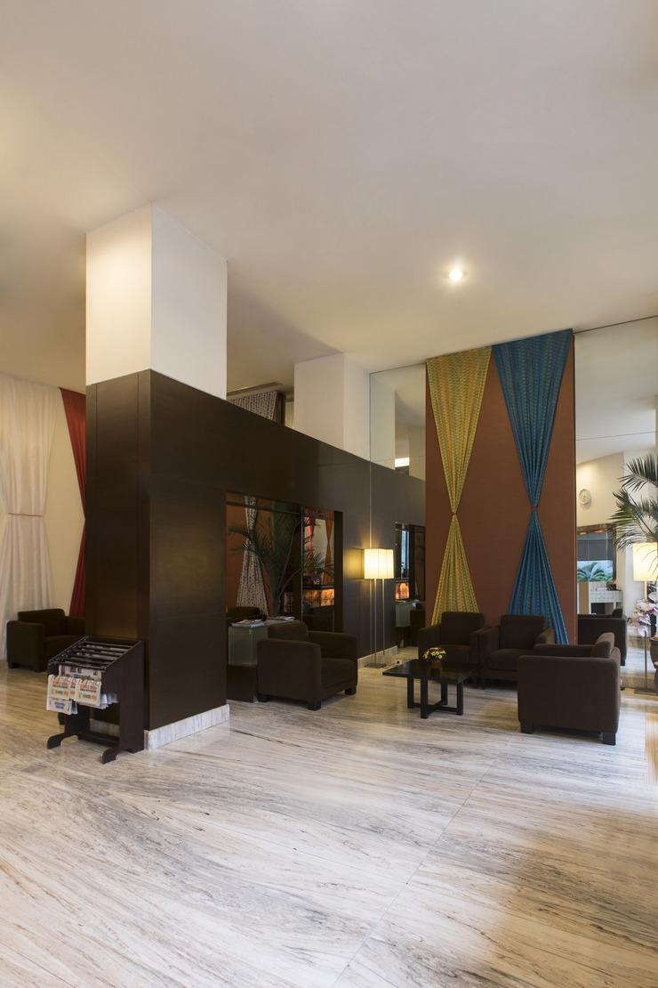 Almadera Hotel Makassar Makassar - LobbyArea