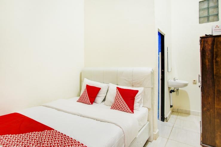OYO 2965 Silvia Homestay Kupang - Guestroom S/D