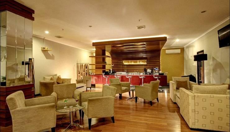 Hotel Dafam Pekalongan - Bar
