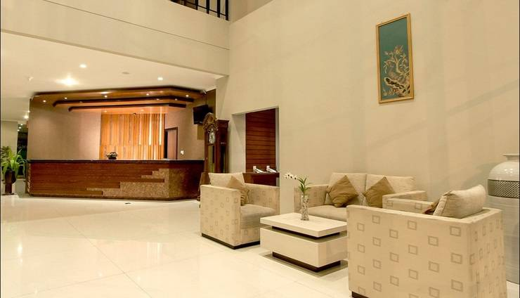 Hotel Dafam Pekalongan - Lobi