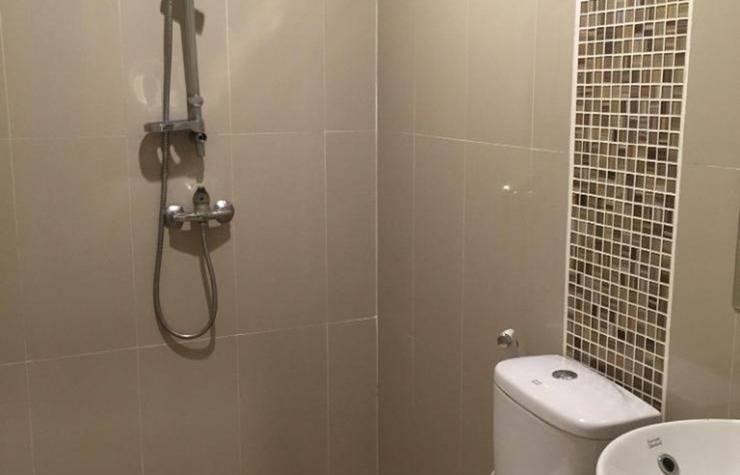 Hotel Adipura Makassar - Kamar mandi