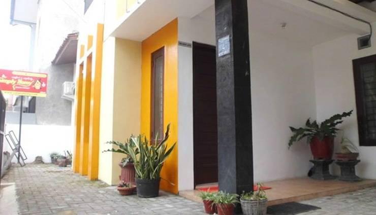Simply Homy Guest House Monjali 3 Yogyakarta - Tampilan Luar Hotel