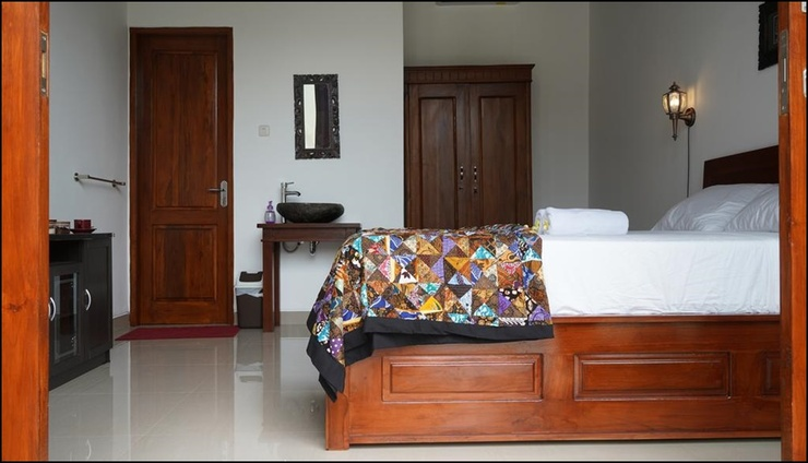 Authentic Lovina Bali - room