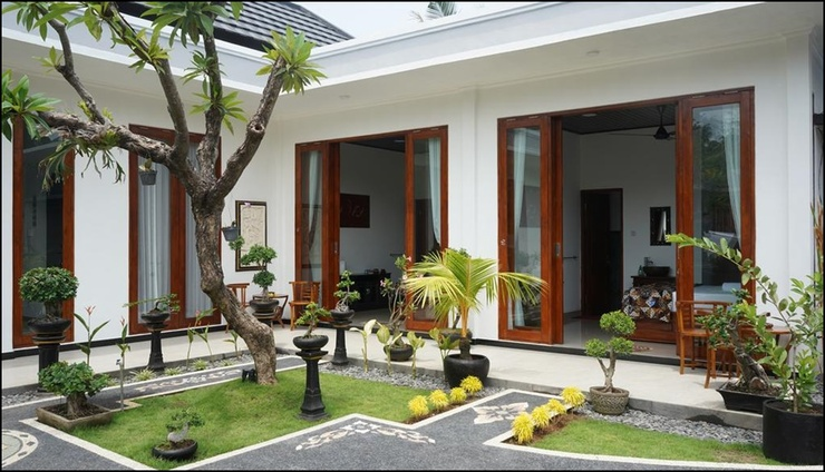 Authentic Lovina Bali - exterior