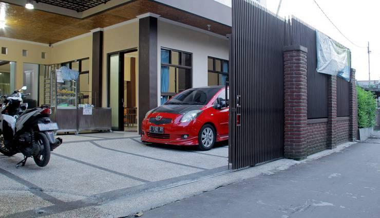 RedDoorz near Asia Afrika Bandung - Eksterior