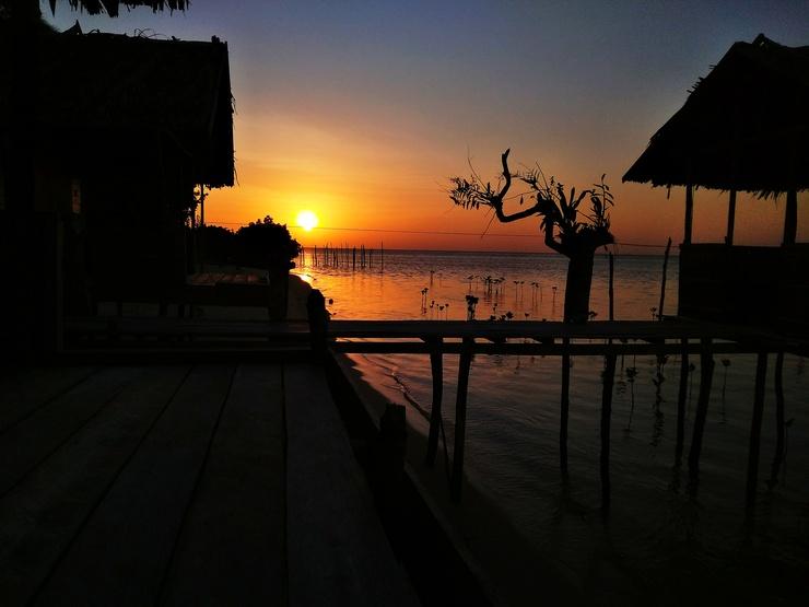 Raja Ampat Sunset Homestay Raja Ampat - Exterior