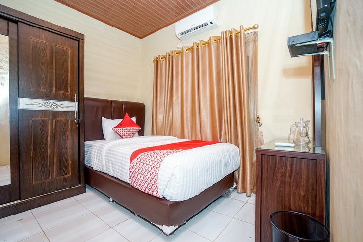 OYO 341 Al Barokah Palembang - Bedroom