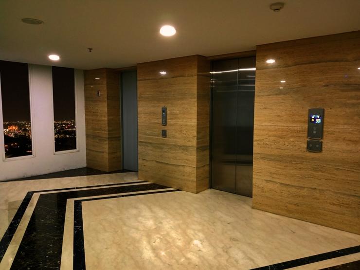 Candiland Apartment Semarang - Lobby