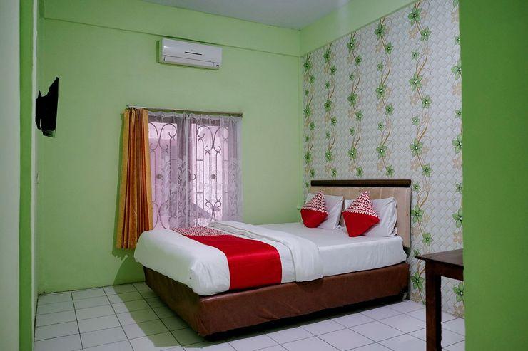 OYO 1531 Hotel Aini Jambi - Bedroom