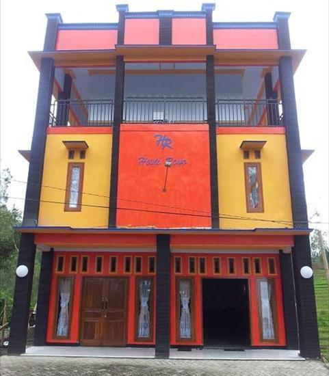Hotel Huni Raya Bromo Pasuruan - Exterior