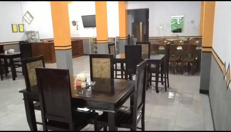 Hotel Huni Raya Bromo Pasuruan - Interior