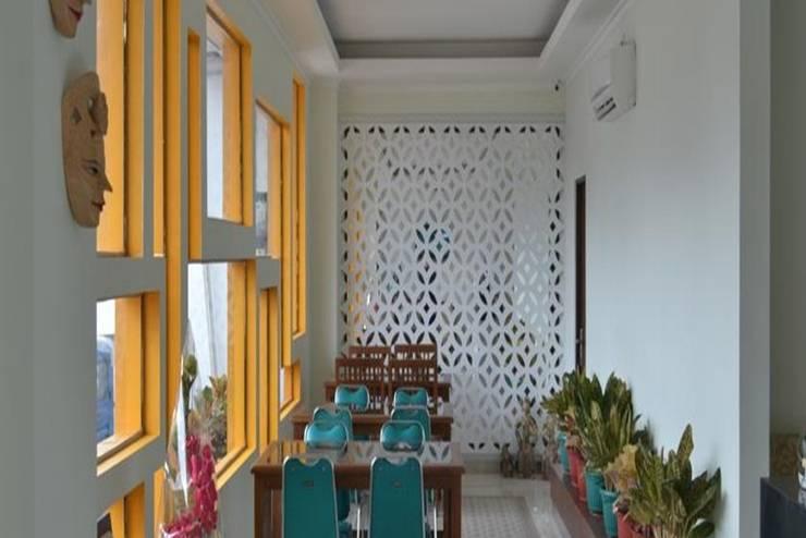 Cabin Hotel F77 Yogyakarta - Interior