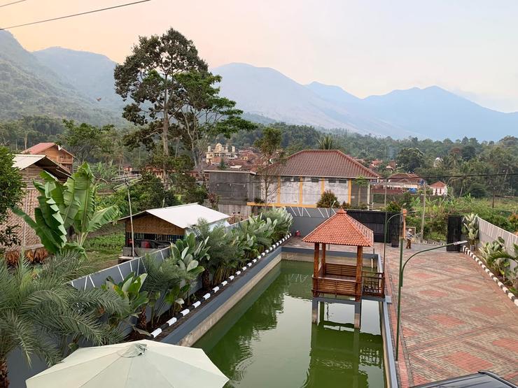 Villa Arjuna Garut - View