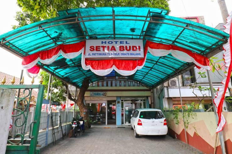 Hotel Setia Budi Malang - Exterior