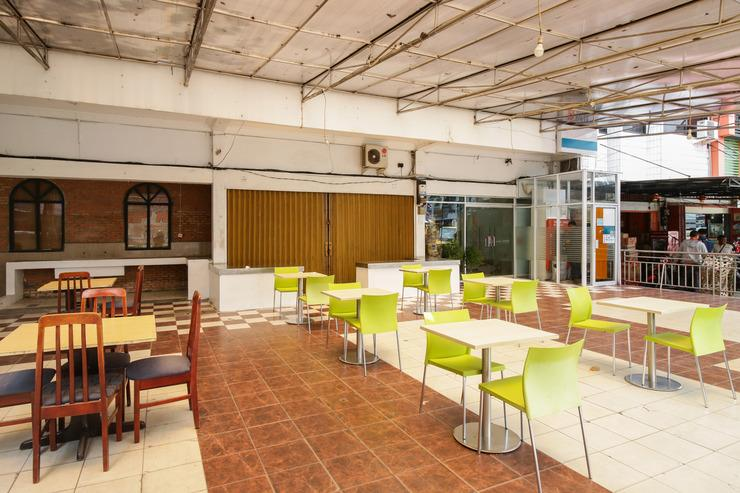 Airy Eco Imam Munandar 36 Pekanbaru Pekanbaru - Restaurant
