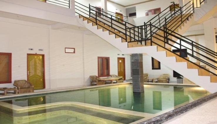 Banyu Urip Homestay Lombok - pool