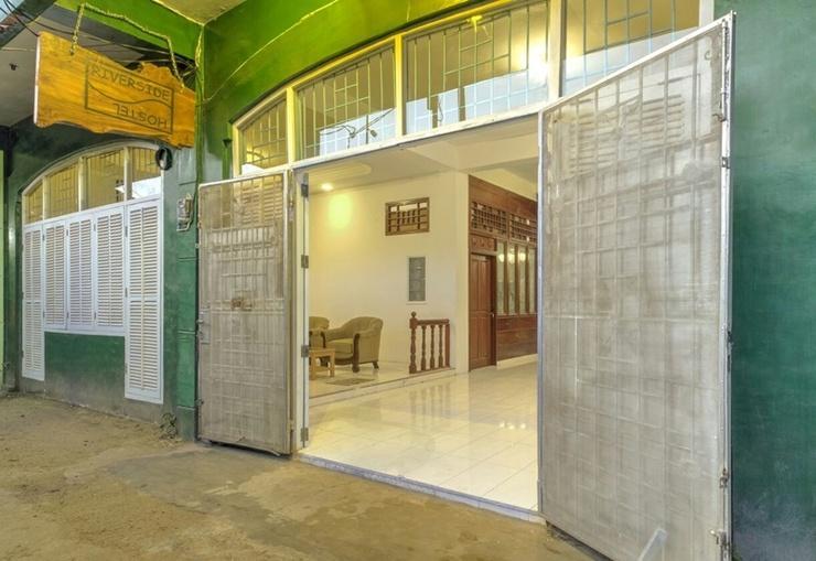 Riverside Hostel Padang Padang - Exterior