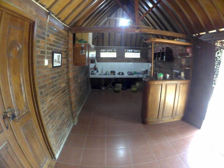 Rumah Jamu Karang Kedemple Homestay Semarang - limasan