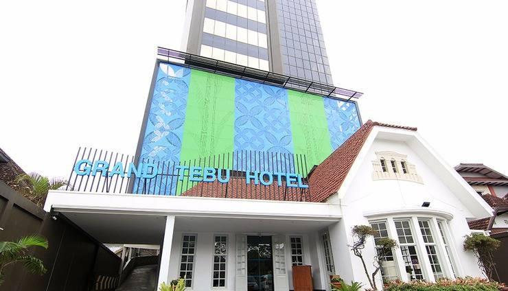 Grand Tebu Hotel Bandung - Hotel Tampak Depan