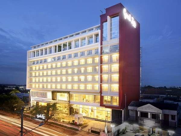 Tarif Hotel Grand Zuri Palembang (Palembang)