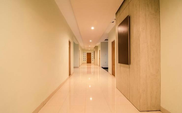 RedDoorz Plus near Museum Keraton Surakarta Solo - Corridor