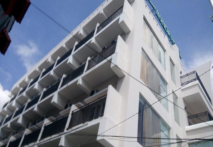 Grand Bunda Hotel Syariah Bukittinggi - Exterior