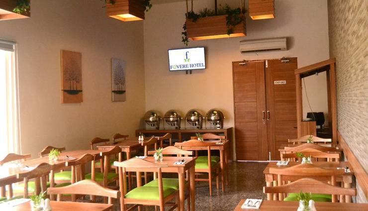 Hotel Fovere Bandara Semarang by Conary Semarang - Restoran