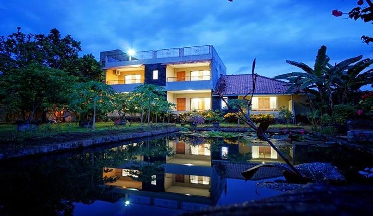 Pan Family Hotel Yogyakarta - Exterior