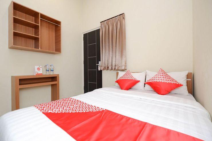 OYO 1250 Unta Residence Semarang - Bedroom