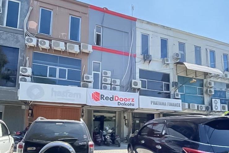 RedDoorz @ Darmo Surabaya Surabaya - Photo