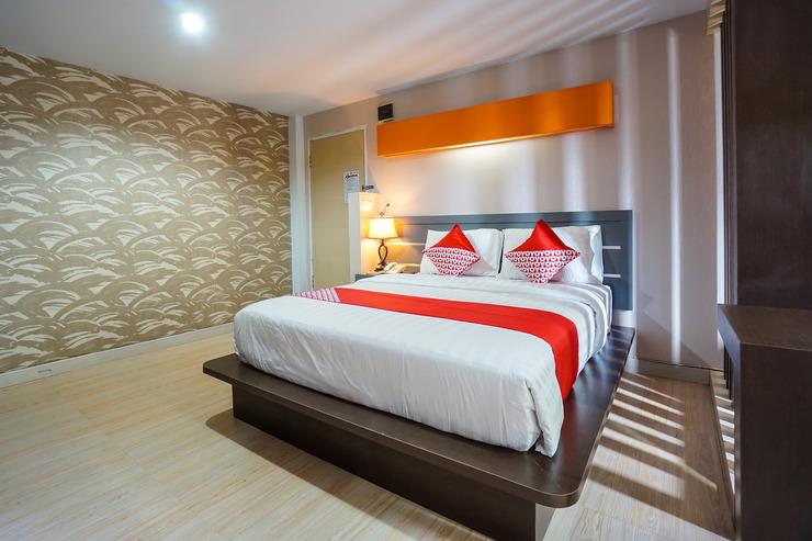 OYO 955 Hotel Boulevard Manado - Guestroom