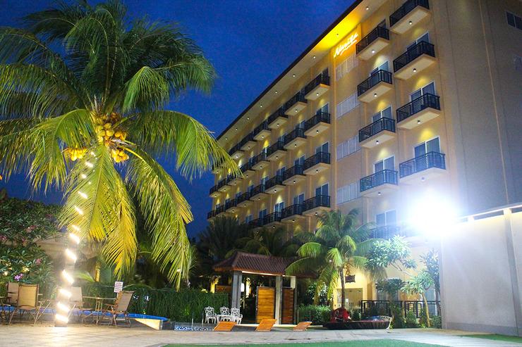 Hotel Narita  Tangerang - MALAM