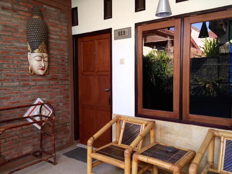 Oka Homestay Lombok - Surroundings