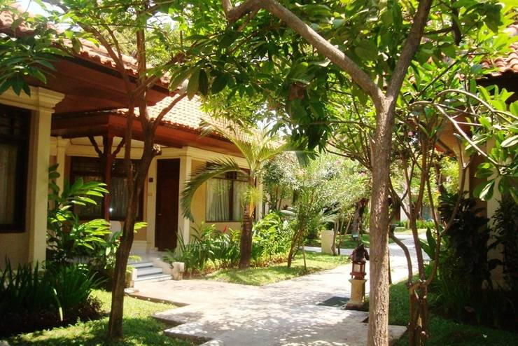 Sunari Villas & Spa Resort Lovina - Vila pemandangan Taman
