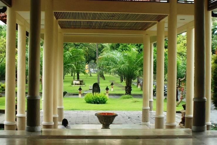 Sunari Villas & Spa Resort Lovina - Lobby Entrance