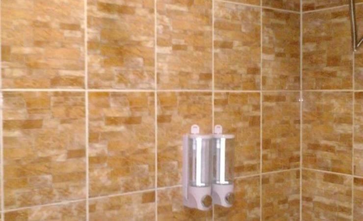 D'Cabin Hotel Container Jatiluhur Purwakarta - Kamar mandi