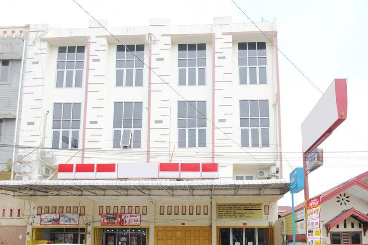 Airy Eco Japaris Medan Area Rahmadsyah 293 - Hotel Building